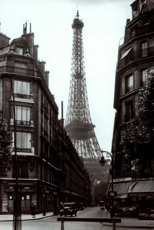 Z1809E~Paris-Street-circa-1925-Posters