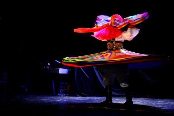Ahmed Fekry dansar Tanoura