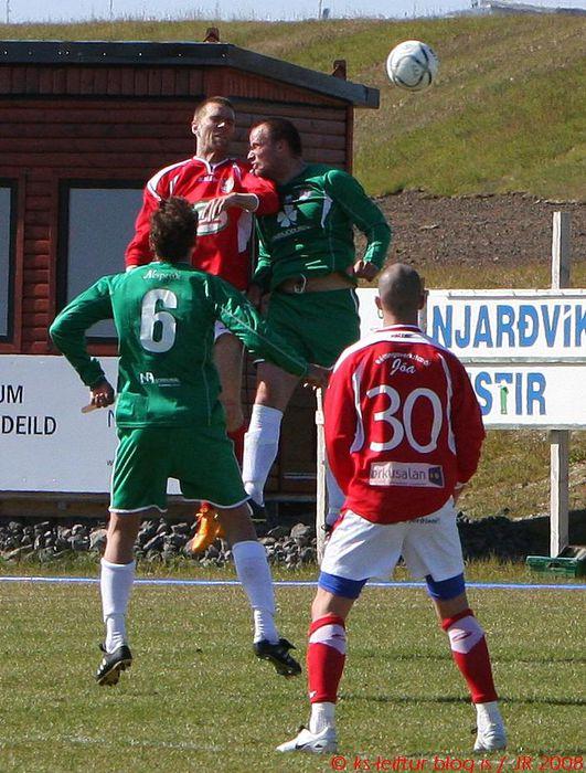 Njarðvík   KS Leiftur (28)