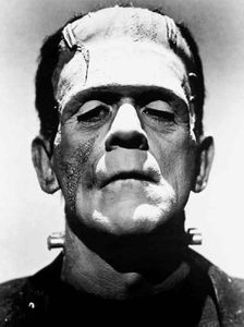 Frankenstein_monster_Boris_Karloff