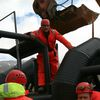 Guðmundur Hall eigandi traktorsins ....