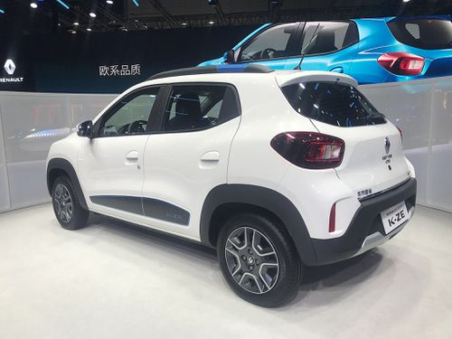 Dacia Spring el-car aftan
