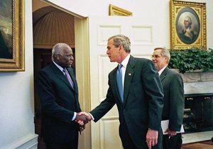 Santos og Bush.jpg