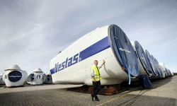 vestas_turbines-on-ground.jpg