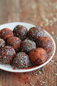 Chocolate-Chia-Balls