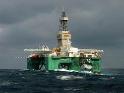 Oil-Semi-submersible-rig_Eirik-Raude_Ghana-Falklands