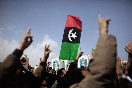 gadhafi-militia-open-fire-amid-libya-protests-2011-02-25 l.jpg