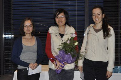 The prize winners of women prizes: Alina L´ami, Hou Yifan and Irina Krush
