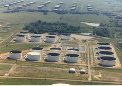 cushing_oil_storage_1023561.jpg