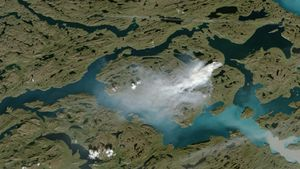 greenland-fire1_wide-da6d363295d7a5621e0896baf5f4cd0e248b5e59-s2500-c85