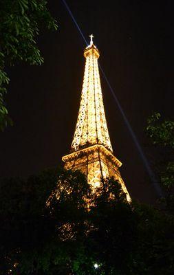 Eiffelatnight