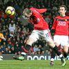Wayne Rooney að skora