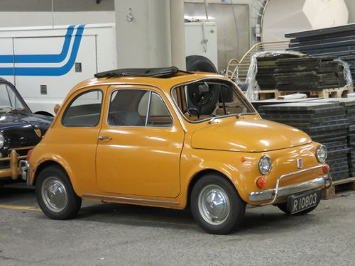 Fiat 500. R-10803
