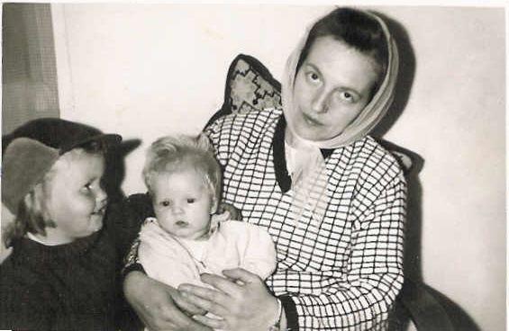 Ég, mamma og Birna