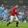 Rooney að skora