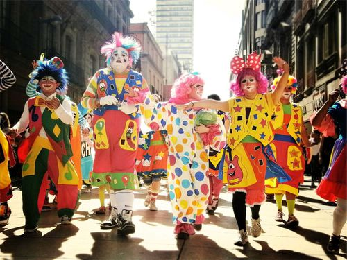 clowns-699167 960 720.jpg