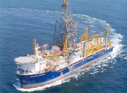 Oil-DrillShip- DeepWater -Discovery