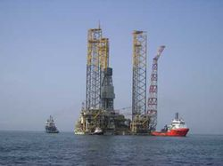 AZERBAIJAN-Shah-Deniz-Alpha-gas-production-platform-1