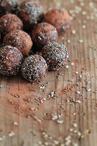 Chocolate-Chia-Balls-1