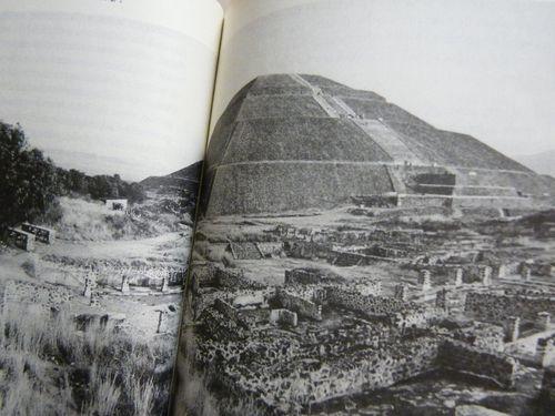 Teotihuacan pyramiði sólarinnar í Mexico