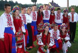 Carpatho-Rusyn_sub-groups_-_Transcarpathian_Rusyns_in_original_goral_folk-costumes_from_Maramureº_.[1]
