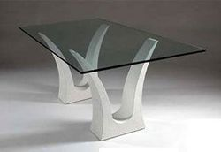 art_and_deco_table_with_glass_top